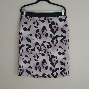 Ann Taylor Animal Print Silky Skirt. Size 12